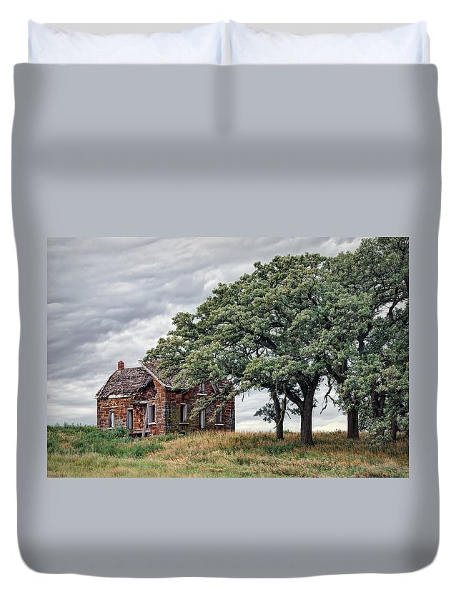 Stone House Duvet Cover featuring the photograph Nature Encroaches - 2 by Nikolyn McDonald
