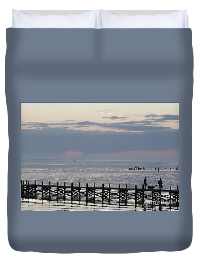 Navarre Beach Pier Duvet Cover featuring the photograph Navarre Beach Sunset 9 by Michelle Powell