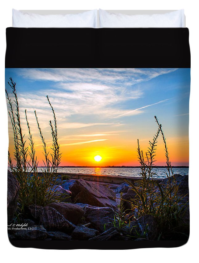 Sky Duvet Cover featuring the photograph Navarre Fl Sunset 2014 07 29 A by Mark Olshefski