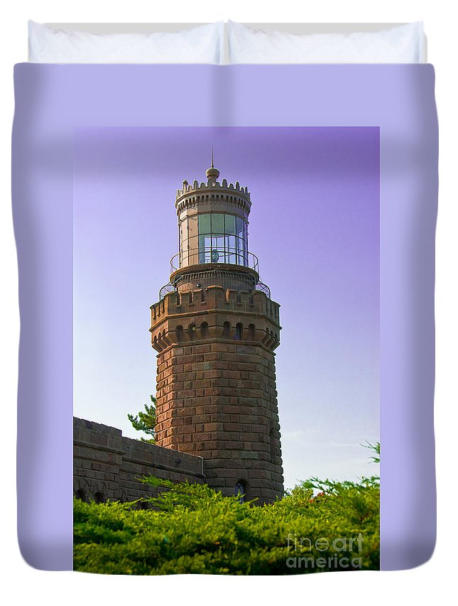 Lighthouses Duvet Cover featuring the photograph Navesink Twin Lights Lighthouse by Anthony Sacco