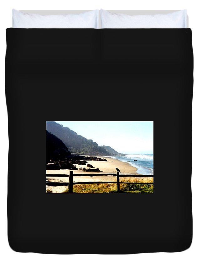 Oregon Coast Duvet Cover featuring the photograph Neptune Beach Crow by Loren McNamara