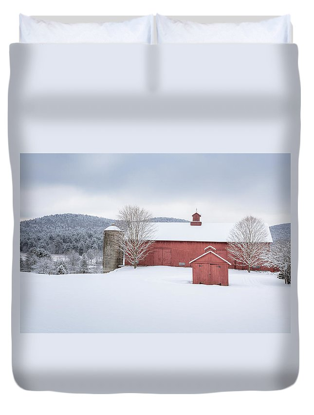 Old Red Barn Duvet Cover featuring the photograph New England Barns by Bill Wakeley
