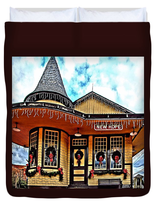 Djphoto Duvet Cover featuring the photograph New Hope Station by DJ Florek