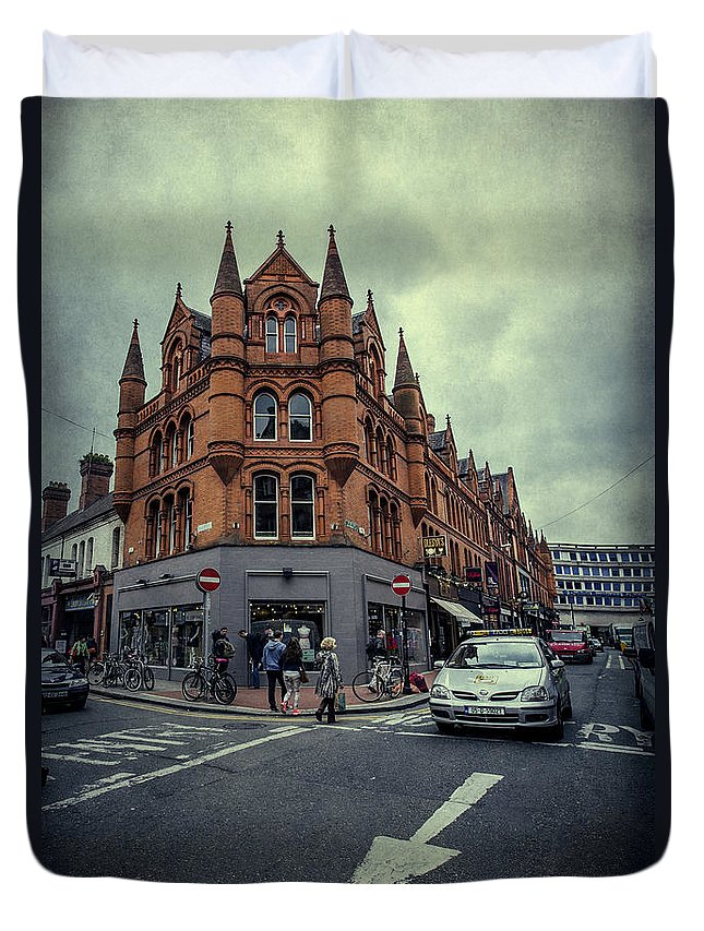 Dublin Duvet Cover featuring the photograph New Road. Old City. by Evelina Kremsdorf