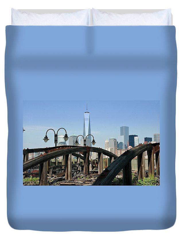 New Duvet Cover featuring the photograph New York From New Jersey - Image 1633-01 by Larry Jost