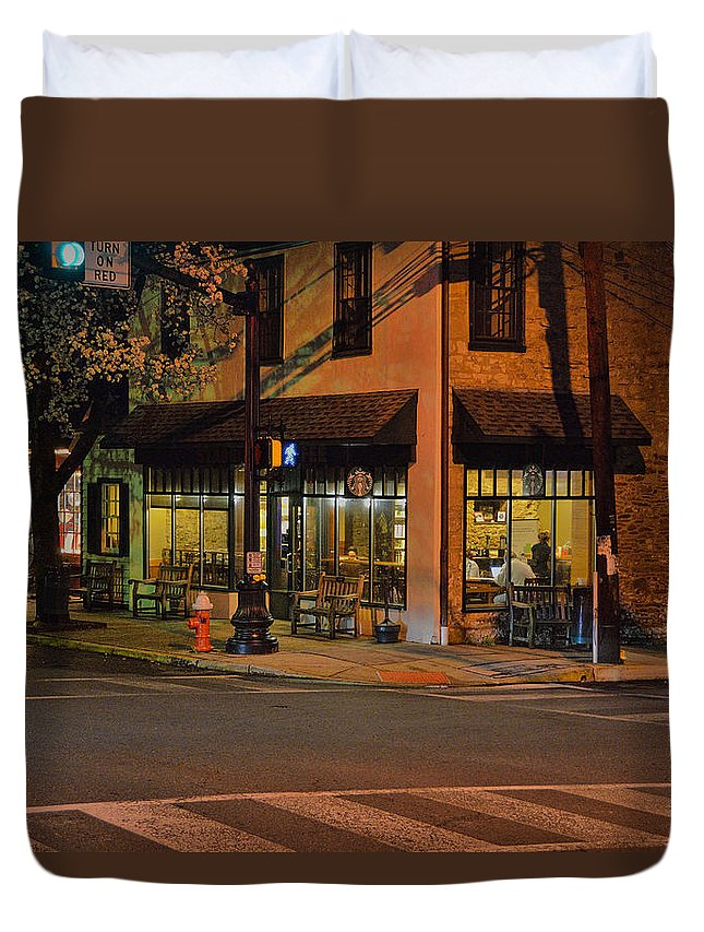 Newtown Pa Duvet Cover featuring the photograph Newtown Nighthawks by William Jobes