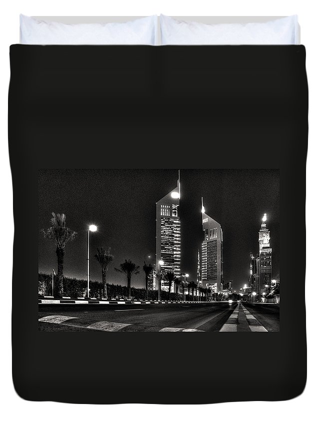 Dubai Duvet Cover featuring the photograph Night View Of Emirates Towers In Dubai by Julis Simo