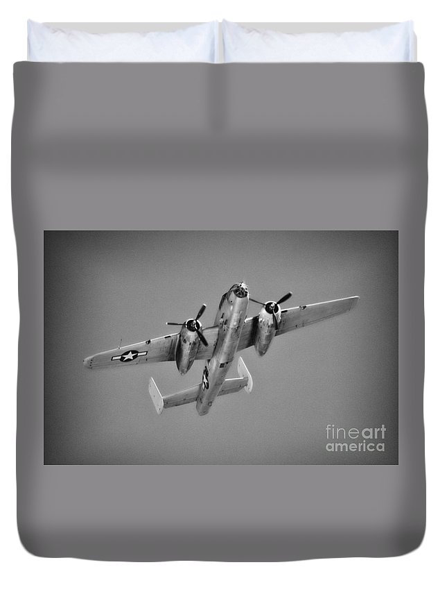North American B-25 Mitchell Duvet Cover featuring the photograph North American B-25j Bw by Tommy Anderson