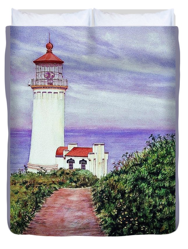 Cynthia Pride Watercolor Paintings Duvet Cover featuring the painting North Head Light House On The Washington Coast by Cynthia Pride