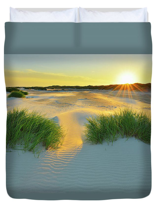 Scenics Duvet Cover featuring the photograph North Sea Sandbank Kniepsand by Raimund Linke