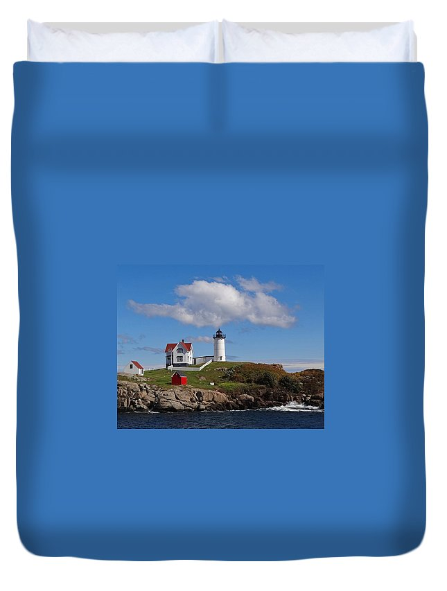 Tranquility Duvet Cover featuring the photograph Nubble Lighthouse by Photo Jacques Trempe