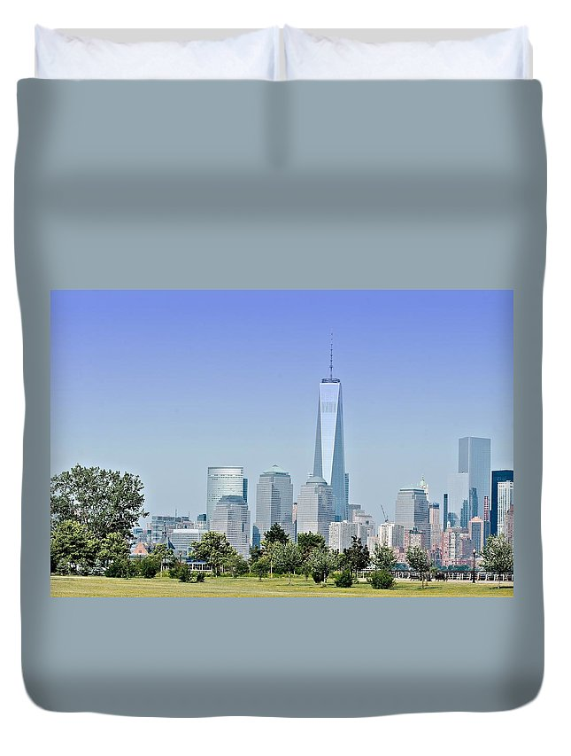 New Duvet Cover featuring the photograph Nyc Skyline From The Park - Image 1666-01 by Larry Jost
