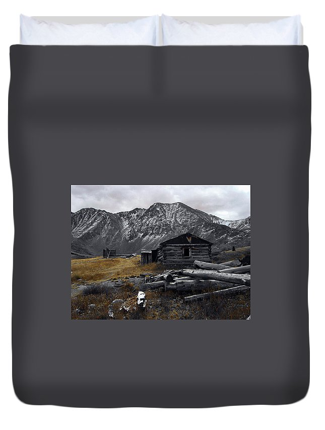 Mountain Duvet Cover featuring the photograph Old Boston Mine by Brian Kerls