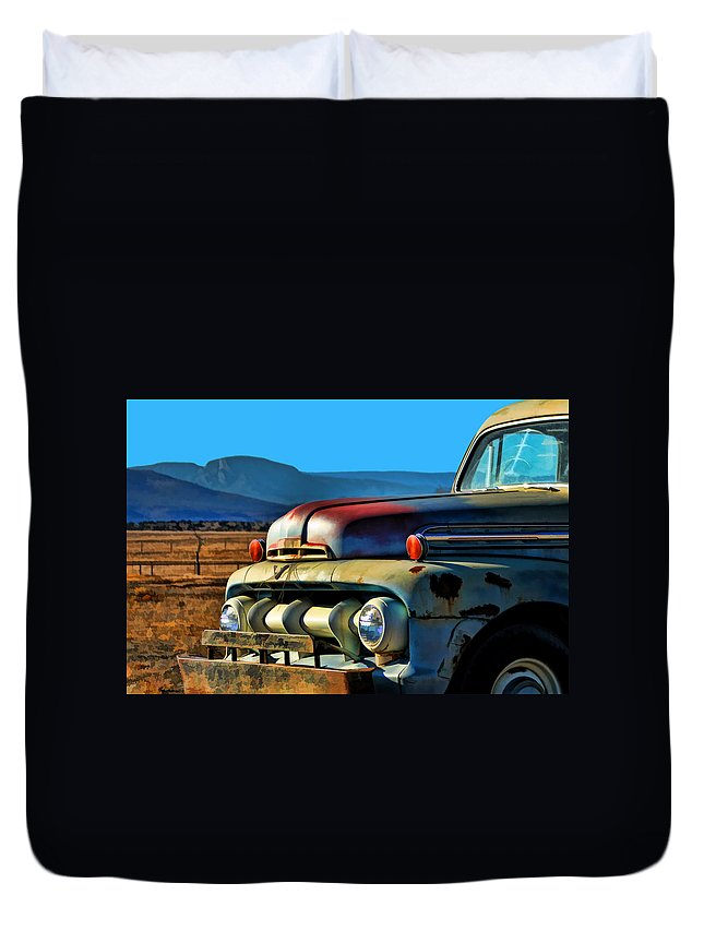 Ford Duvet Cover featuring the photograph Old Ford by David Sanchez