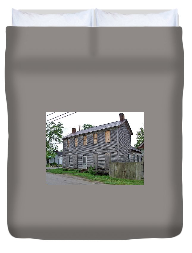 Rough Sided Duvet Cover featuring the photograph Old Kentucky Home by Susan Wyman