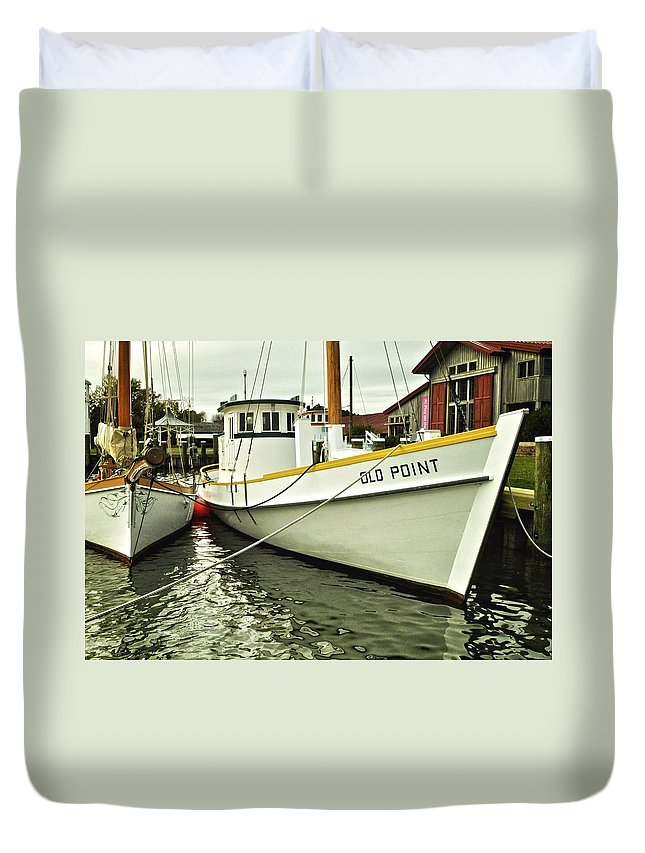 Maryland Duvet Cover featuring the photograph Old Point St. Michaels by Re Dub