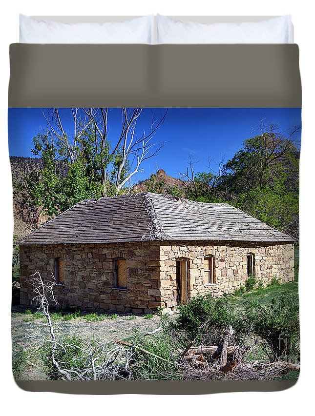 Sandstone Duvet Cover featuring the photograph Old Sandstone Brick Farm House Nine Mile Canyon - Utah by Gary Whitton