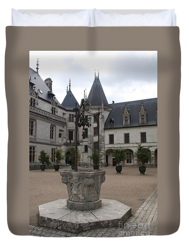 Palace Duvet Cover featuring the photograph Old Well And Courtyard Chateau Chaumont by Christiane Schulze Art And Photography