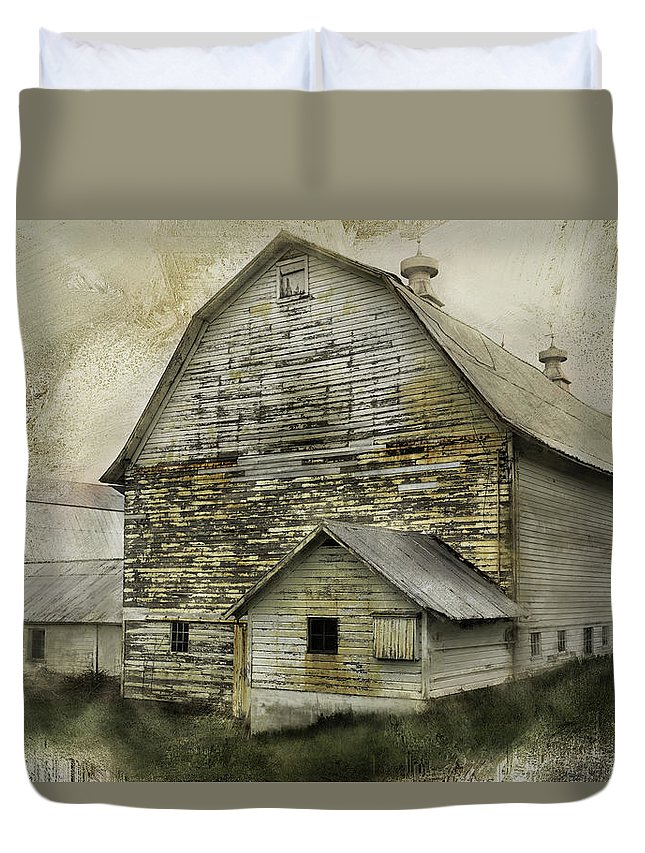 Barn Duvet Cover featuring the photograph Old White Barn by Fran Gallogly