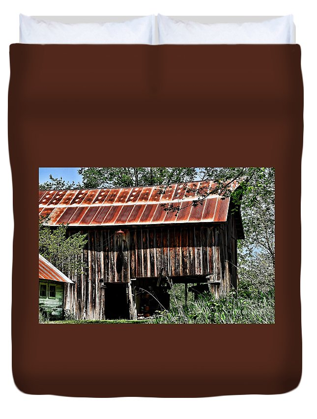 Old Wooden Barn Duvet Cover featuring the photograph Old Wooden Barn by Liane Wright