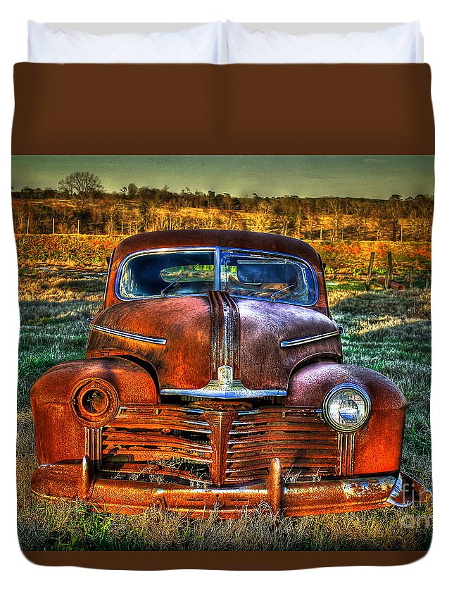 Pontiac Duvet Cover featuring the photograph Ole One Eye by Reid Callaway