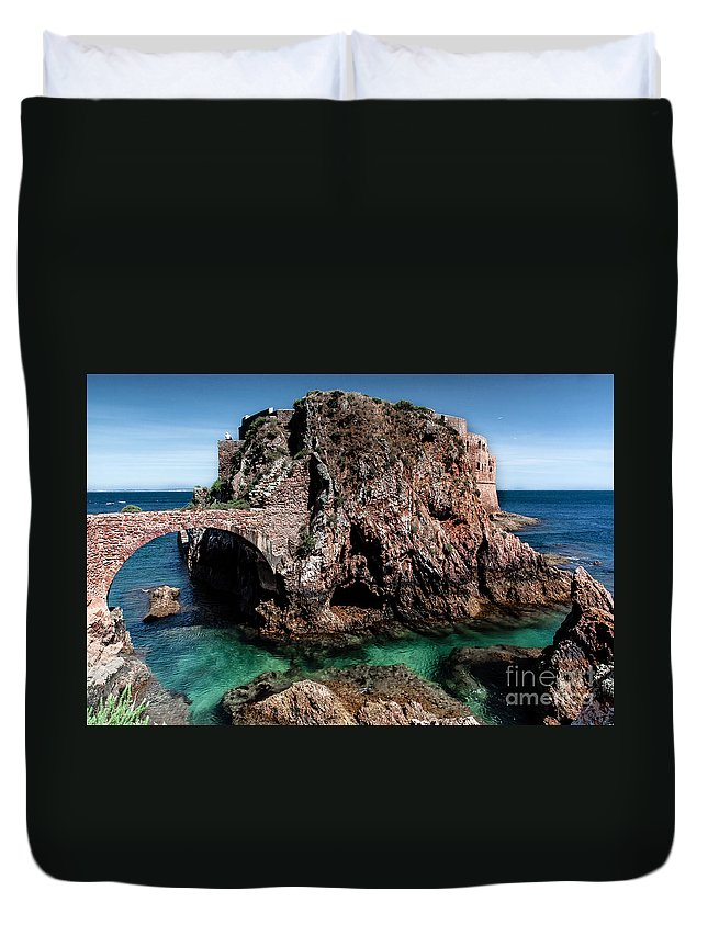 Berlengas Island Duvet Cover featuring the photograph On Another Planet by Edgar Laureano