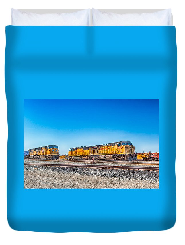 Mojave Desert Duvet Cover featuring the photograph On Standby by Jim Thompson