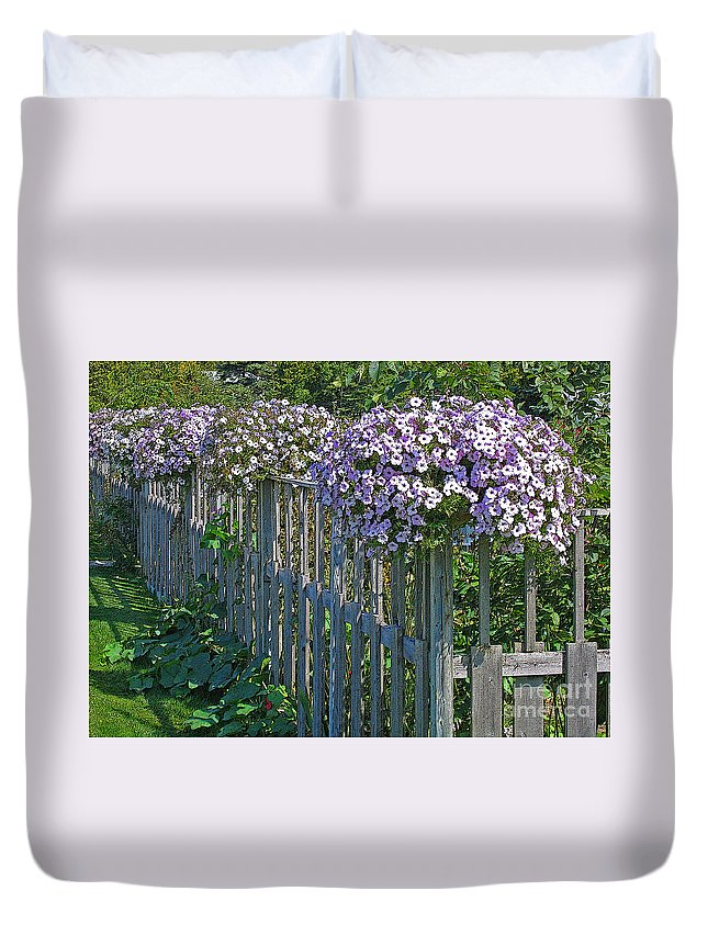 Petunia Duvet Cover featuring the photograph On The Fence by Ann Horn