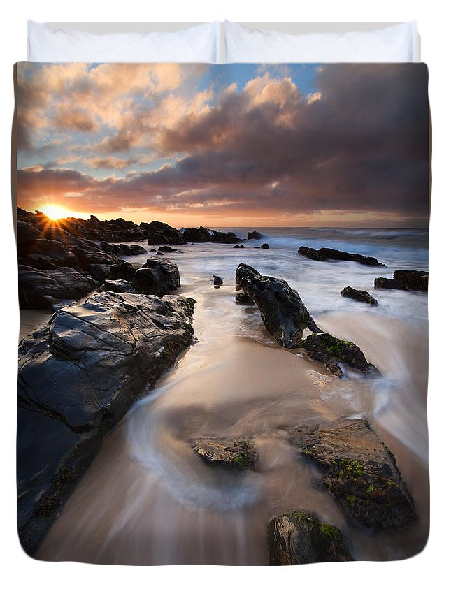 Basham Beach Duvet Cover featuring the photograph On The Rocks by Mike Dawson