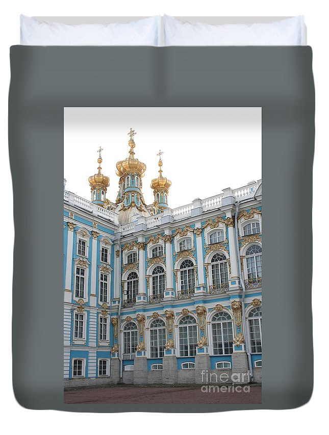 Palace Duvet Cover featuring the photograph Onion Domes - Katharinen Palace - Russia by Christiane Schulze Art And Photography