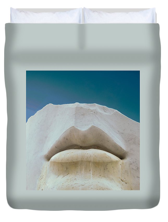 Statue Duvet Cover featuring the photograph Open Mind by Wayne King