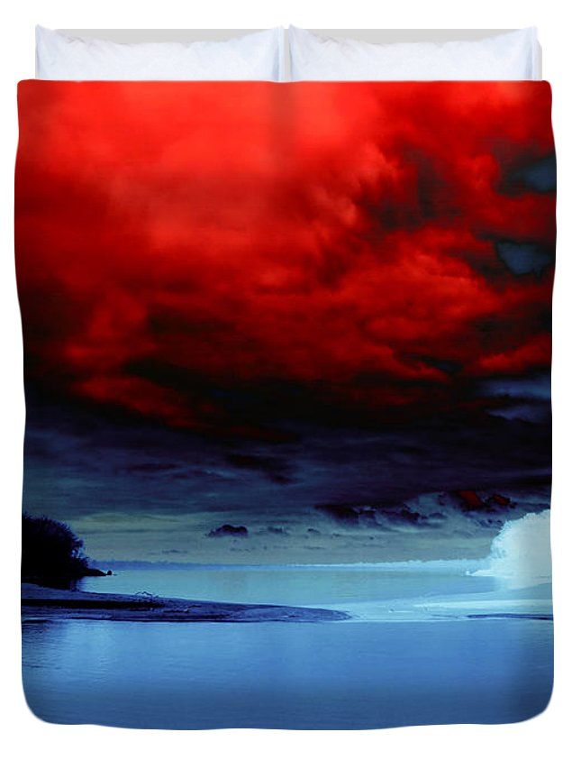 Landscape Duvet Cover featuring the photograph Opposing Forces by Shawna Rowe