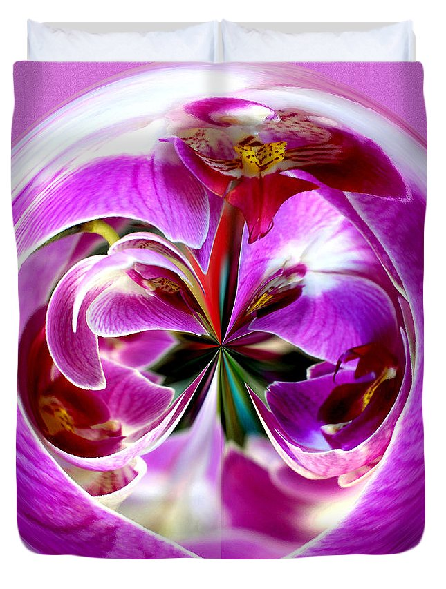 Roses Duvet Cover featuring the photograph Orchid Orb I by Jeff McJunkin