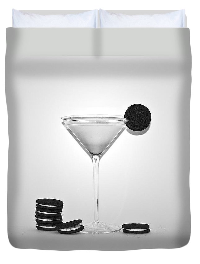 Oreo Happy Hour Duvet Cover featuring the photograph Oreo Happy Hour by Bill Cannon