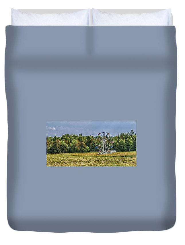 Carnival Ride Duvet Cover featuring the photograph Out In Orangeville by Guy Whiteley