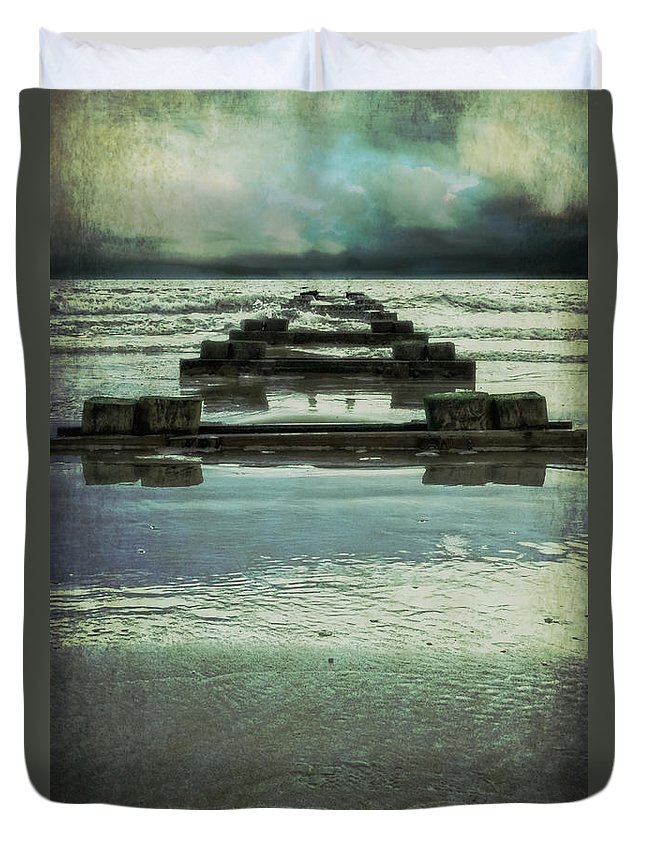 Submerged Duvet Cover featuring the photograph Out To Sea by Debra Fedchin