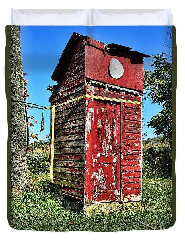 Outhouse Duvet Cover featuring the photograph Outhouse 9 by Paul Ward