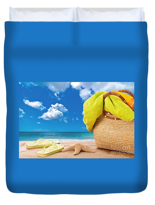 Summer Duvet Cover featuring the photograph Overlooking The Ocean by Amanda Elwell