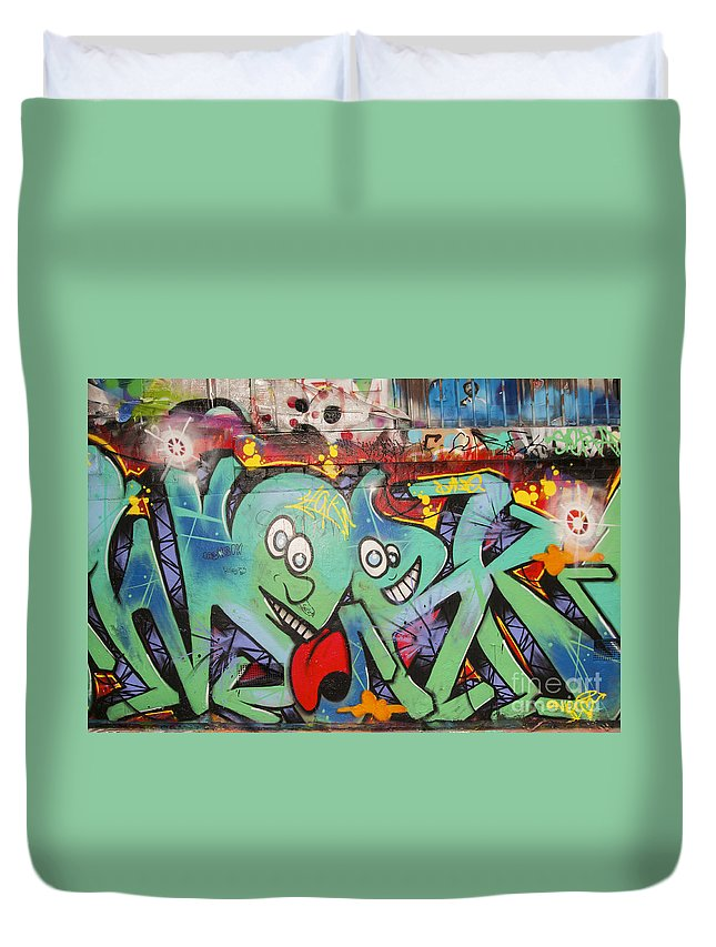 Melbourne Australia Street Art Colorful Alley Artwork Painting Streets Alleys Graffiti City Cities Cityscape Cityscapes Duvet Cover featuring the photograph Paint Job by Bob Phillips