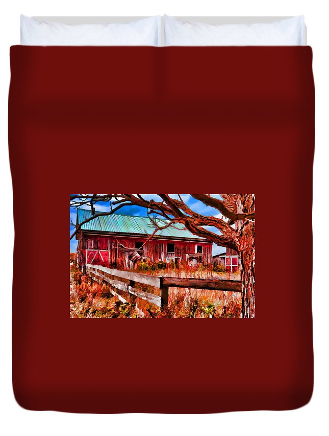Red Duvet Cover featuring the photograph Painted Barn by Melvin Busch