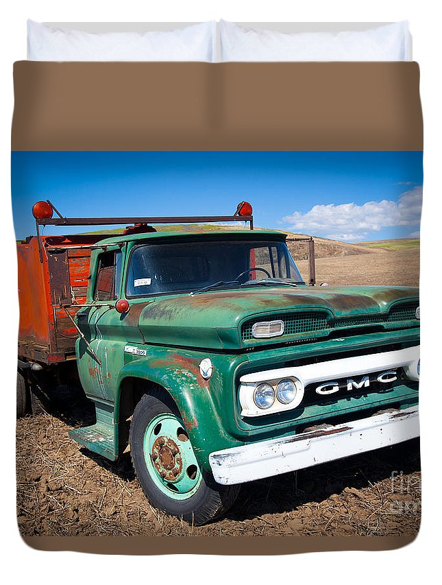 America Duvet Cover featuring the photograph Palouse Gmc Truck by Inge Johnsson