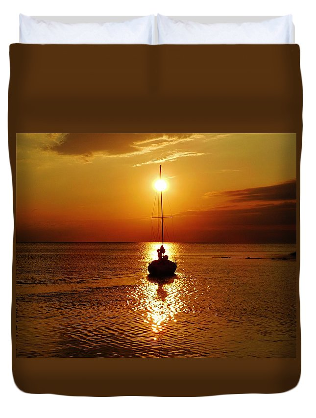 Mark Lemmon Cape Hatteras Nc The Outer Banks Photographer Subjects From Sunrise Duvet Cover featuring the photograph Pamlico Sound Sunset 2 7/26 by Mark Lemmon