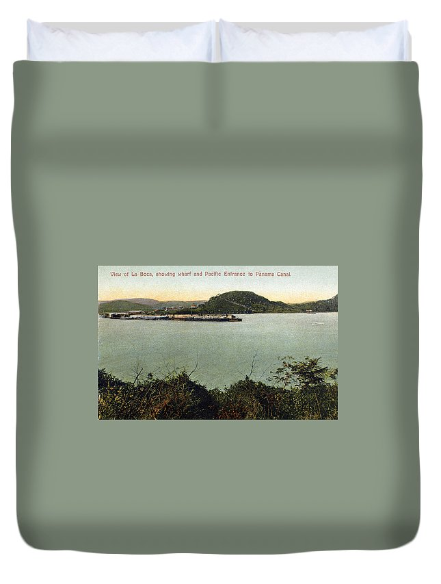 1910 Duvet Cover featuring the photograph Panama Canal La Boca by Granger