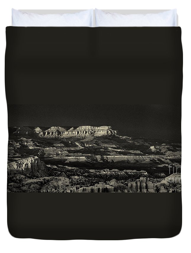 North America Duvet Cover featuring the photograph Panorama Bryce Canyon Storm In Black And White by Dave Welling