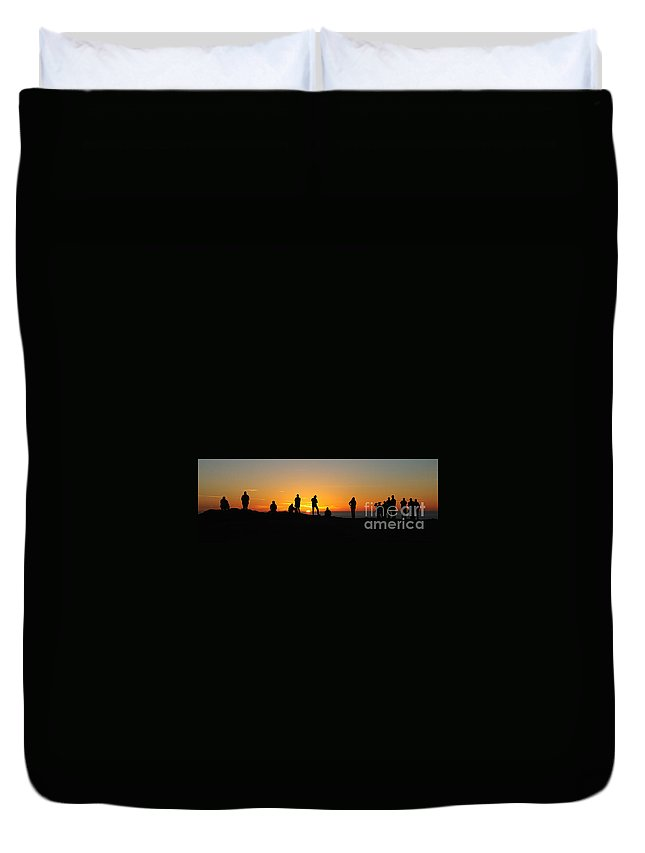 Sunset Duvet Cover featuring the photograph Panorama Everyone Likes A Sunset by Vivian Christopher