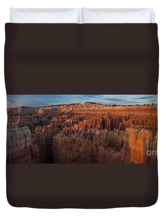 Bryce National Park Duvet Cover featuring the photograph Panorama Of Bryce Canyon Amphitheater by Joan Wallner