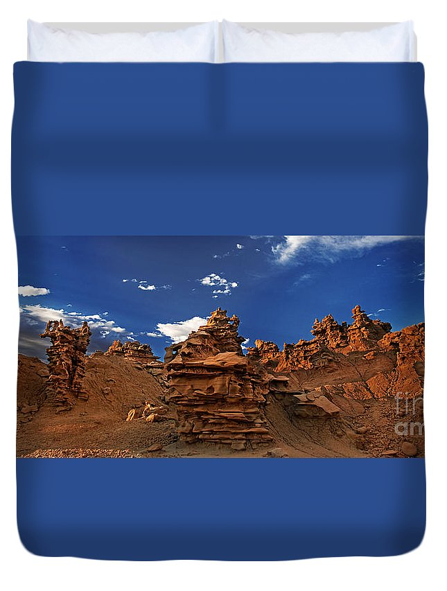 North America Duvet Cover featuring the photograph Panoramic Sunset Light On Sandstone Formations Fantasy Canyon by Dave Welling