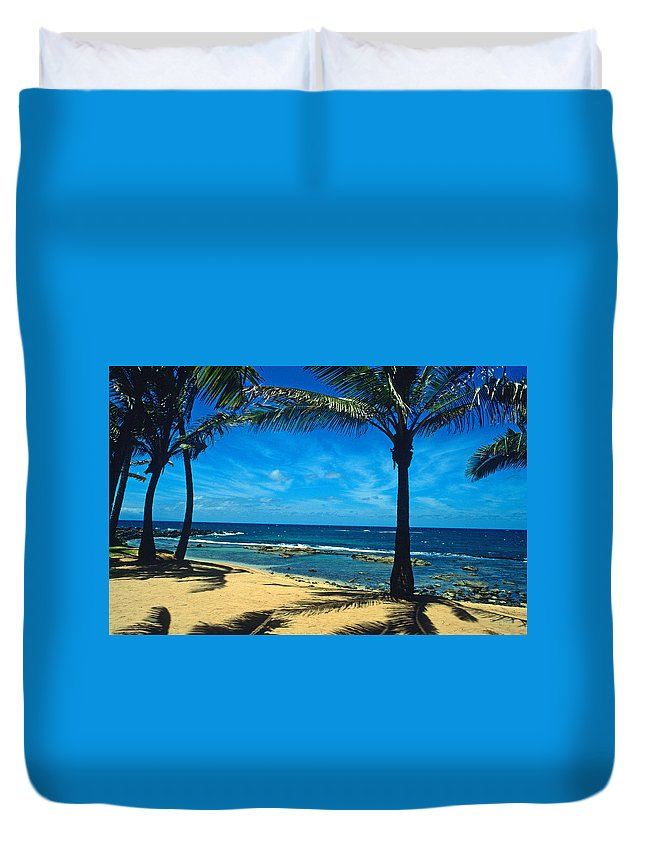 Maui Duvet Cover featuring the photograph Paradise Found by Kathy Yates