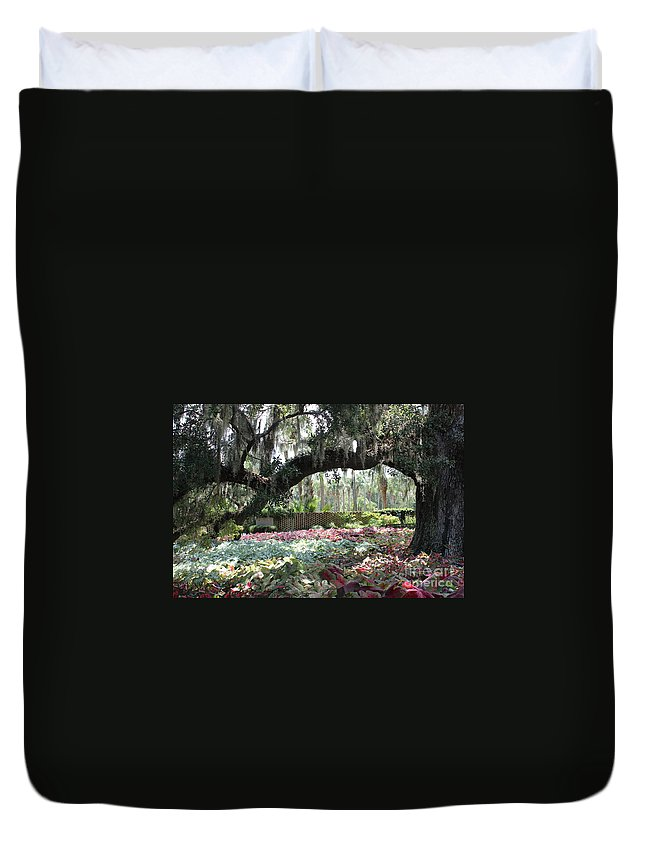 Landscape; Oaks Duvet Cover featuring the photograph Paradise Perceived by IK Hadinger