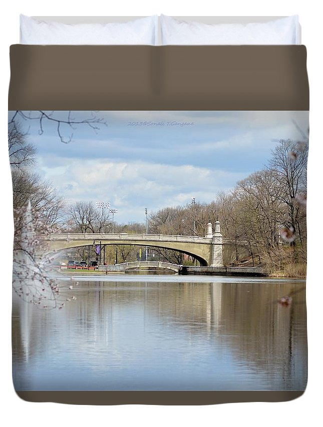 Cheery Blossom View Duvet Cover featuring the photograph Park Avenue Bridge by Sonali Gangane